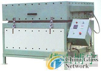 Glass heat bending furnace