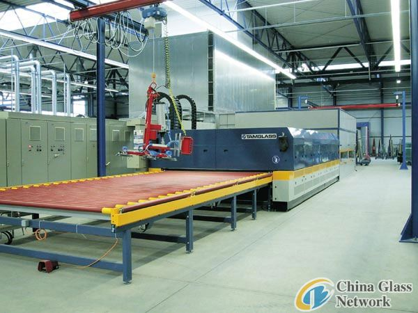 sell glass tempering furnace machine