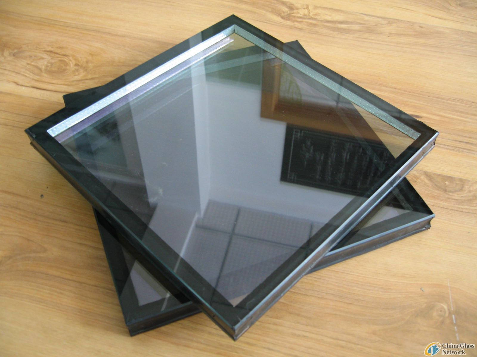 Double Glazing Product : A mm insulating glass insulated processed