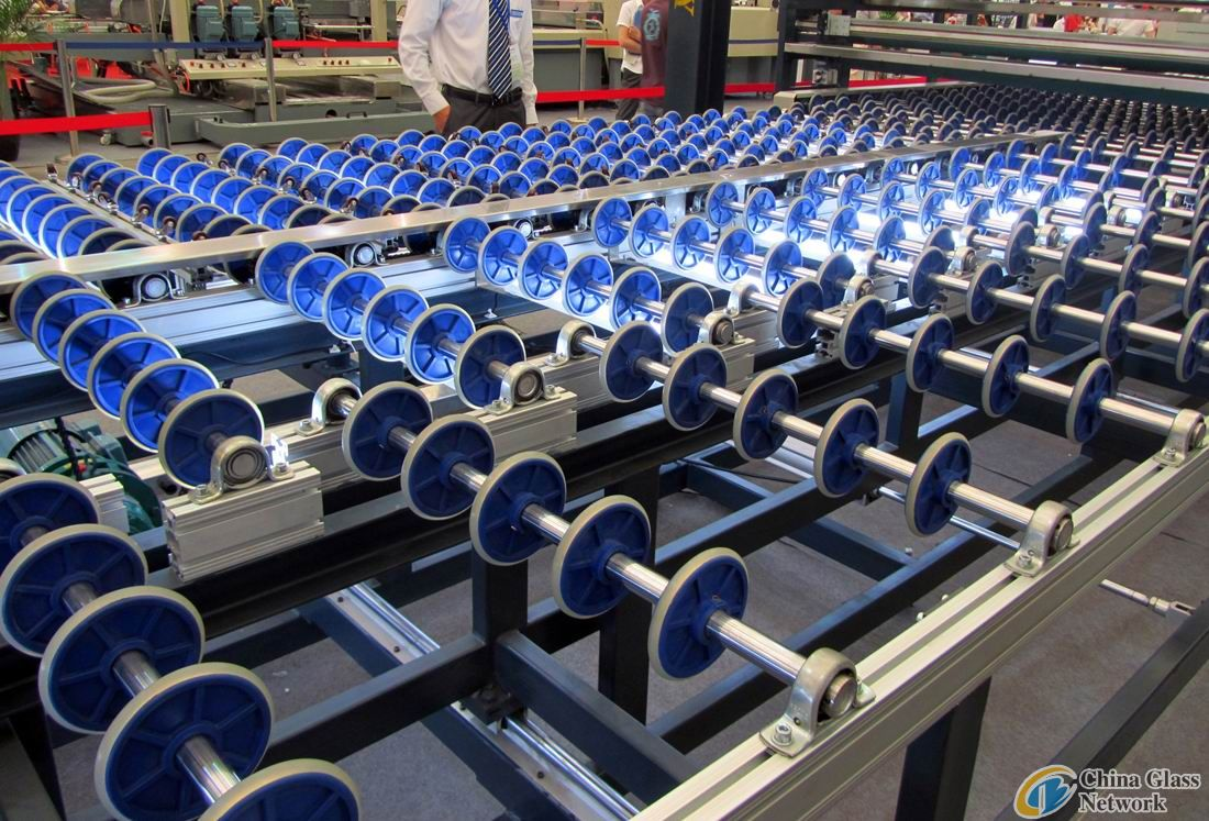 Speed-adjustable Transmission Conveyor