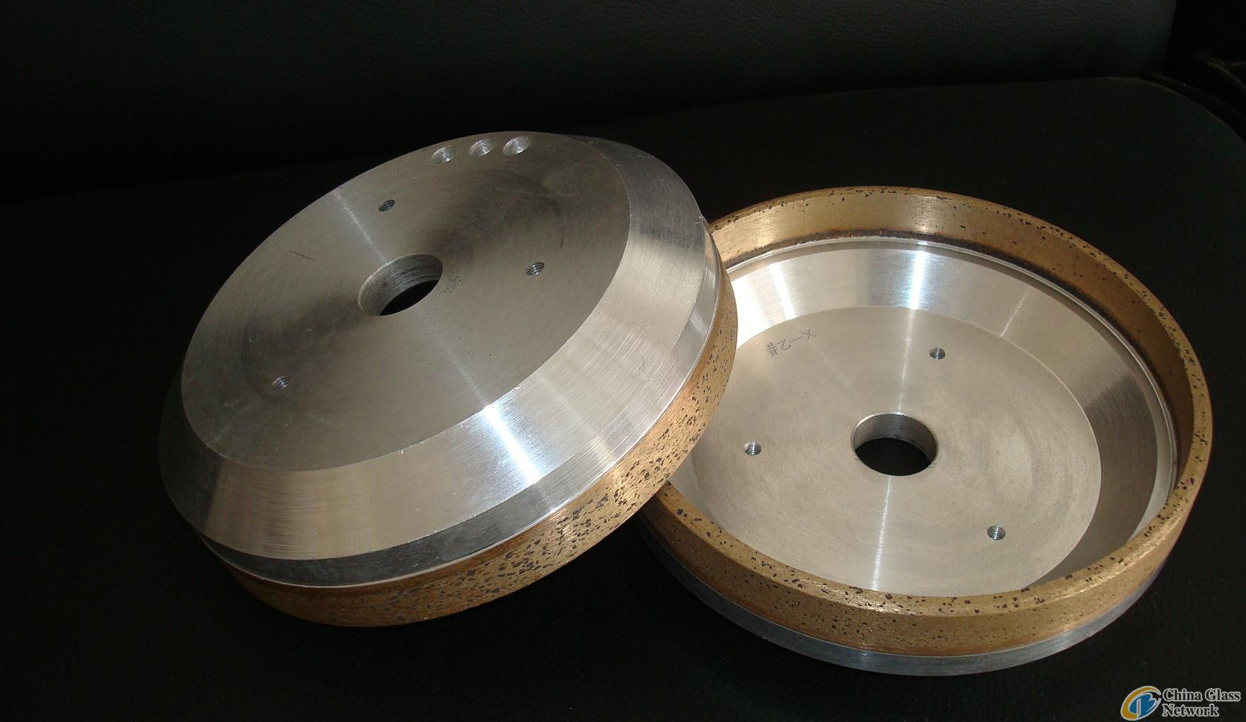 Diamond bowl wheel used on beveling machine