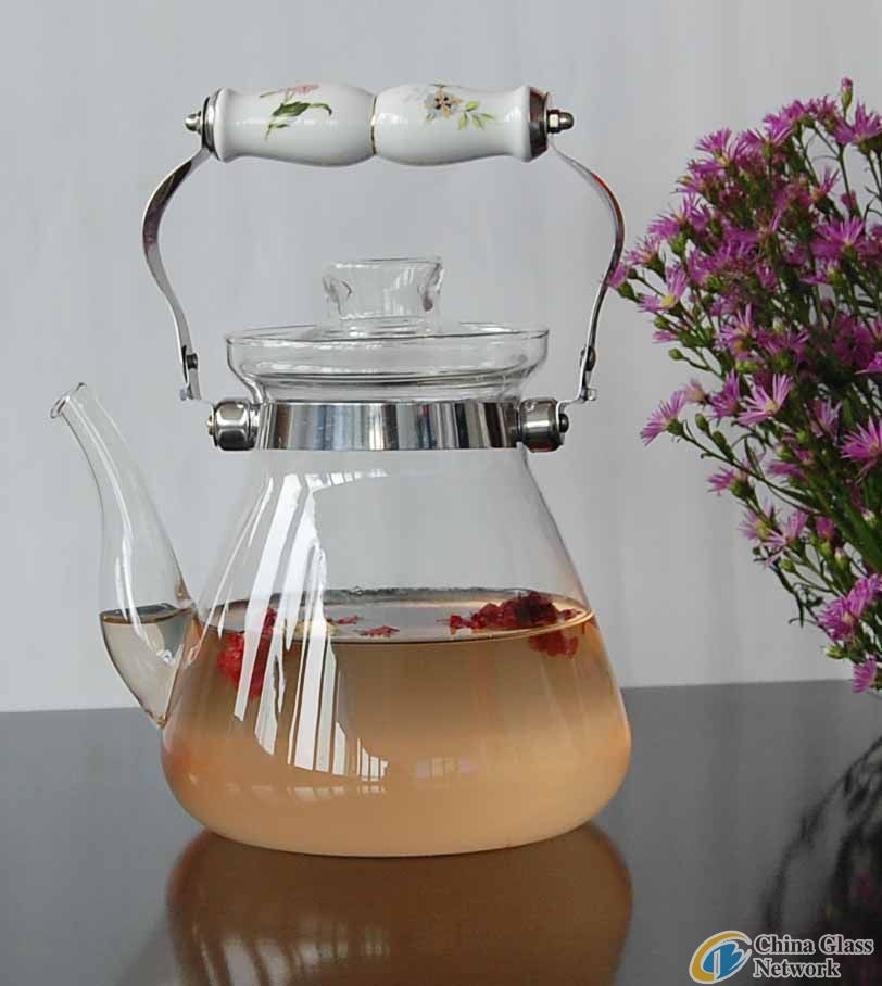 glass teapot with ceramic handle