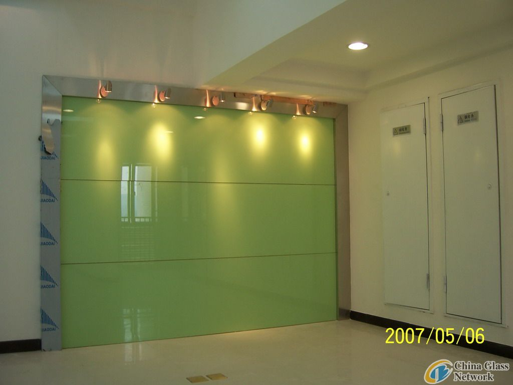 Painted glass product show gindeglass for Back painted glass panels
