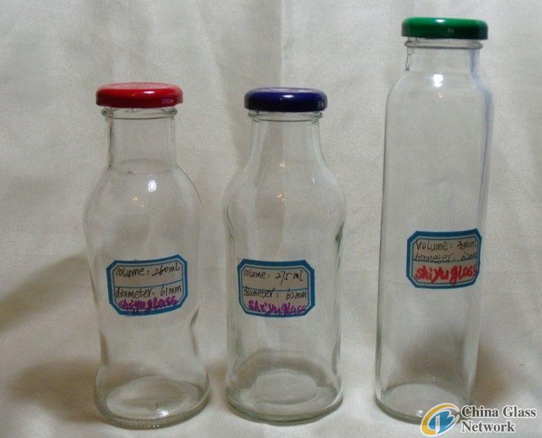 Beverage bottles-2211