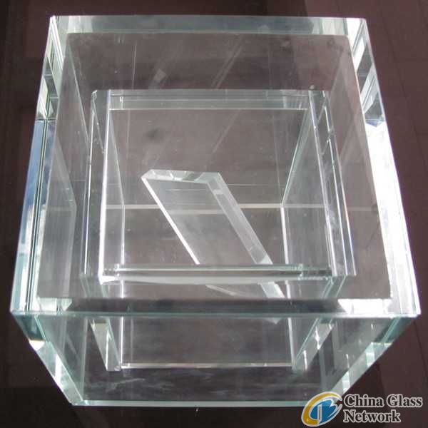 Low Iron Toughened (Laminated) Glass