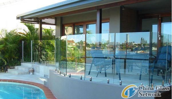 Pool fencing glass panel