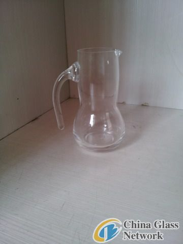 Glass decanter-1