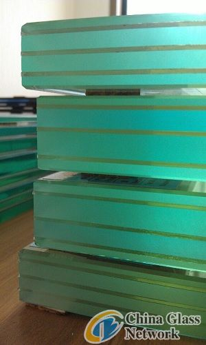 laminated glass manufacture