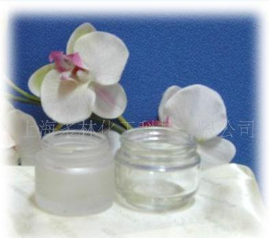Cosmetic glass frosting powder