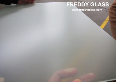 4mm Clear Acid Etched Glass with non-finger print