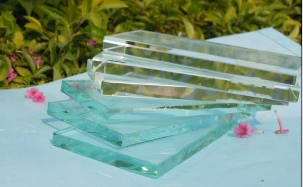 Sell high quality ultra clear low iron float glass