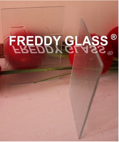 2.5mm Clear Patterned/Figured/Rolled Decorative Glass with Karatachi Design/Patterned Glass