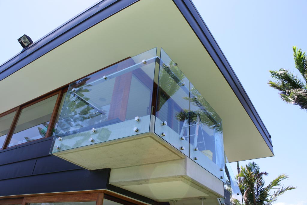 Touthened Glass Balustrades for Housing