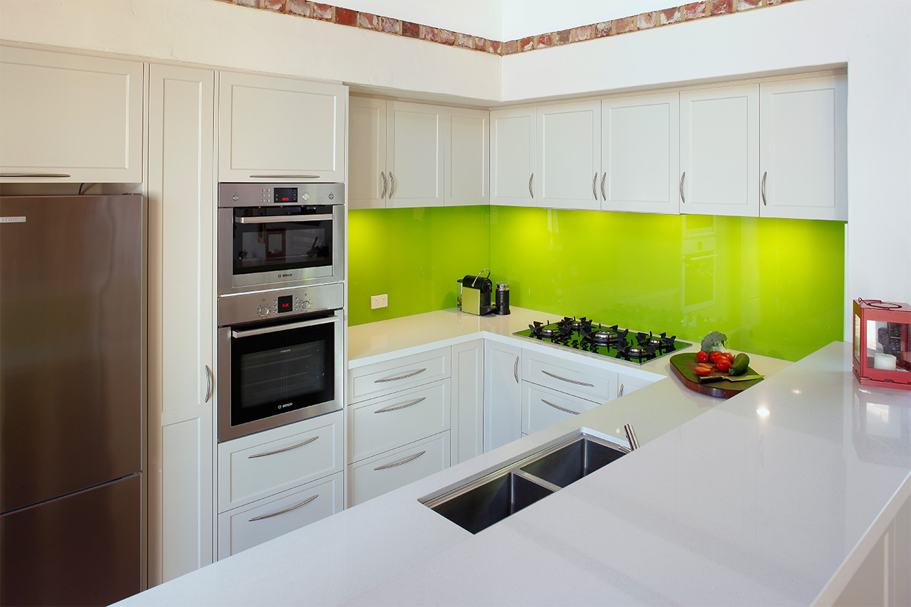 High Quality 6mm Splashbacks with light green color for your Kitchen