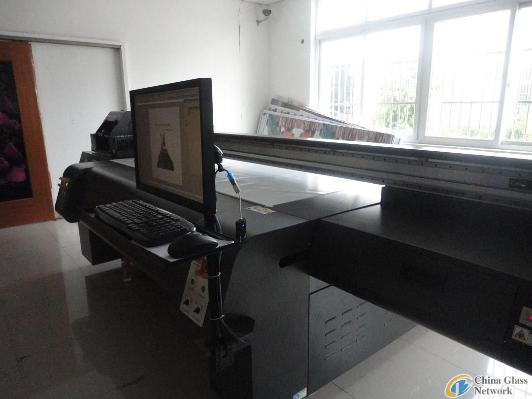 Docan flatbed printer M10 in large format size