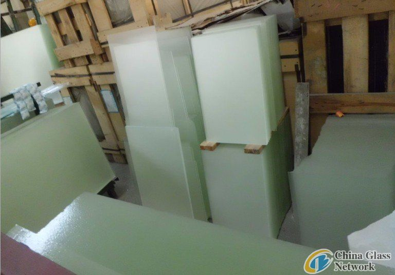 3.2mm solar toughened glass with CE
