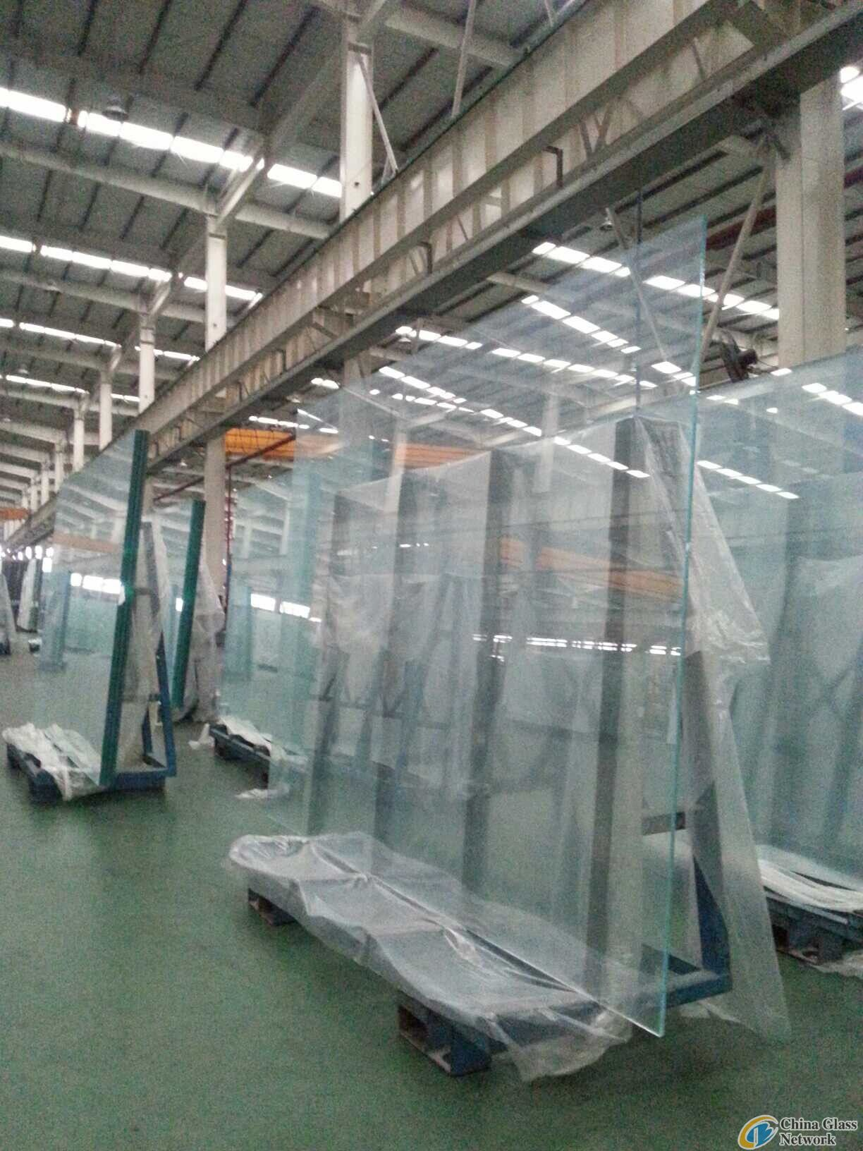 FLAT GLASS-ULTRA WHITE GLASS-EXTRA CLEAR FLOAT GLASS