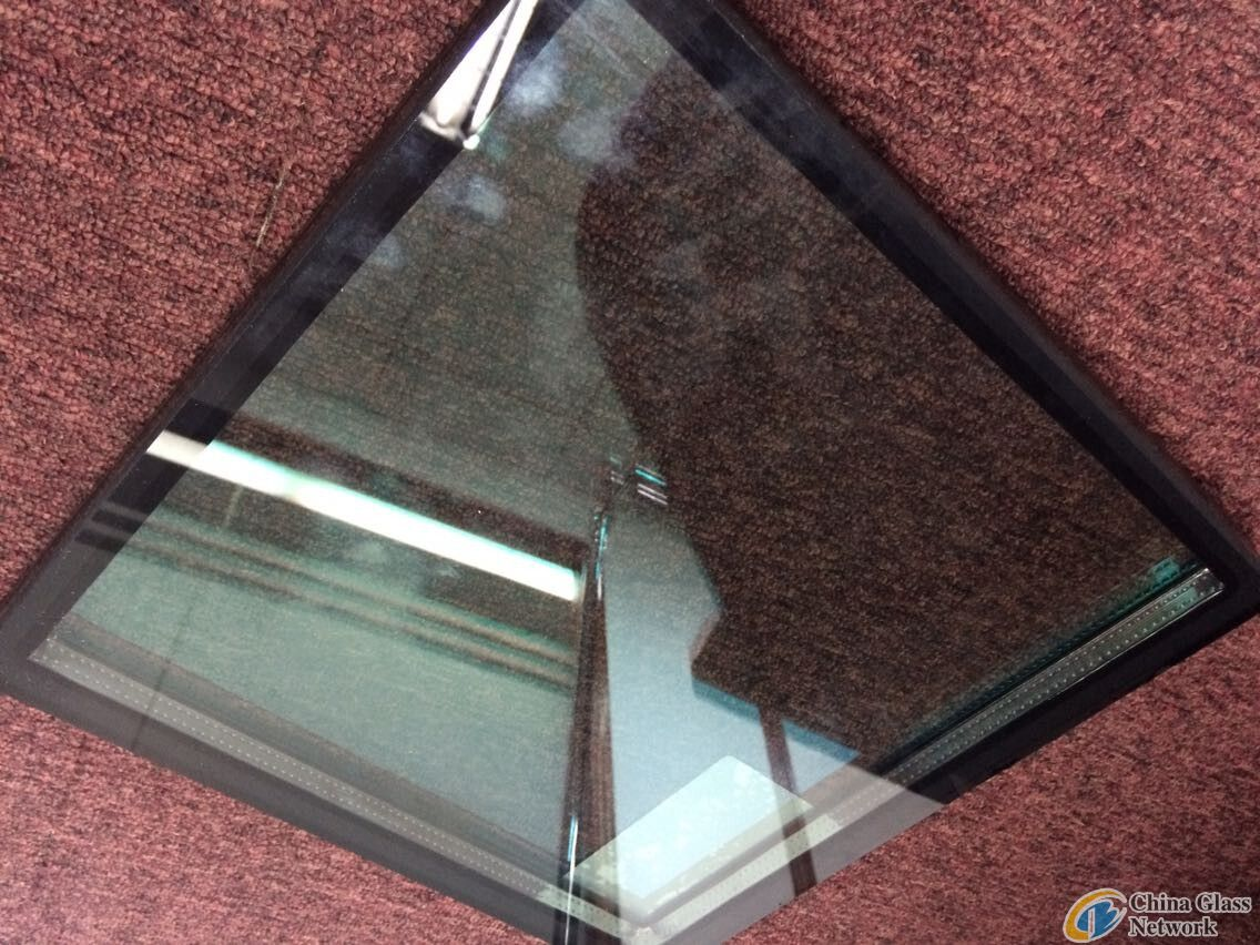 10mm Cristal Grey Insulated Glass;