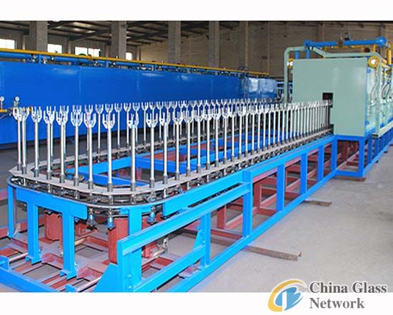 W-type hollow glassware tempering furnace