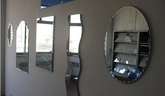 sell silver mirror and colorful mirror with ISO,CCC,3-6MM for bathroom,decorative