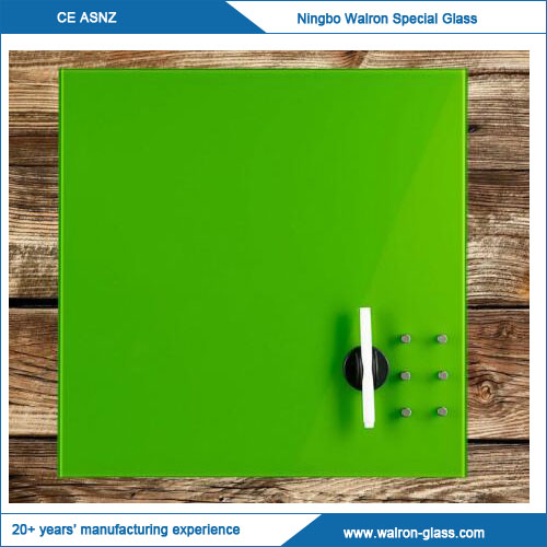China High Quality Glass White Board