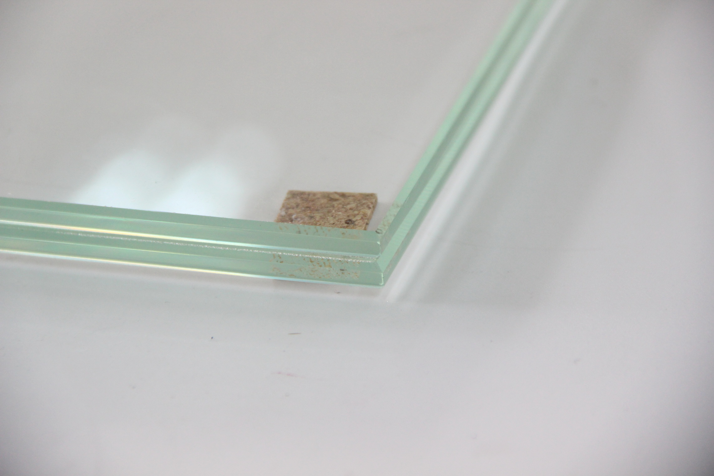 Ultra clear SGP interlayer in 10+1.52+10 laminated glass
