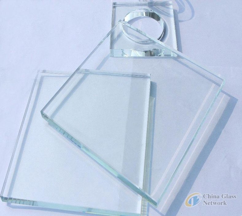 Super/Extra/Low Iron Clear Float Glass with Certification high quality
