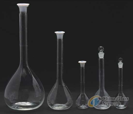 WB-3101 Lab glassware borosilicate 3.3 glass volumetric flask  China manufacturer Labware supplies