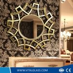 Diamond-Shaped Decorative Mirror