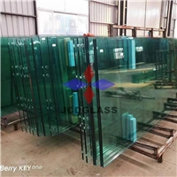 Jumbo size laminate glass